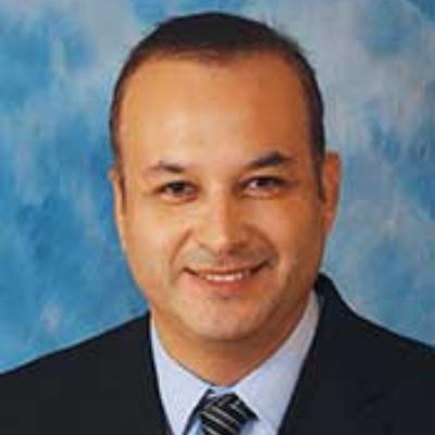 Dr. Cristian Esquer